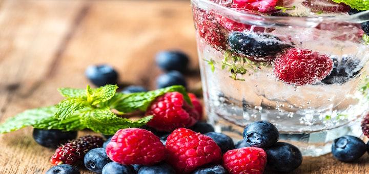 antioxidanty_sklenice_ovoce